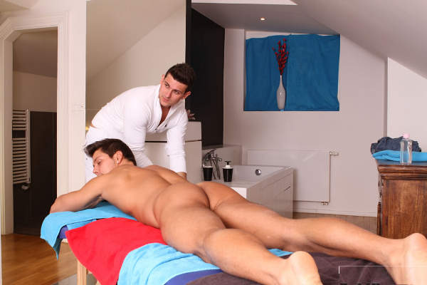jeune gay nu massage erotique nimes