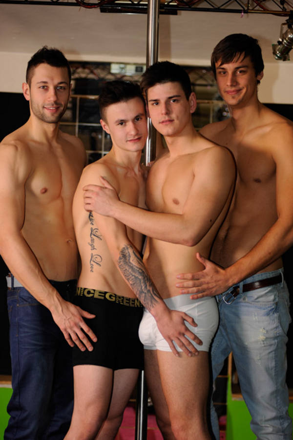 rencontre gay actif branlette en groupe